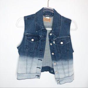 Levi's ombré denim vest sz small Mint Condition